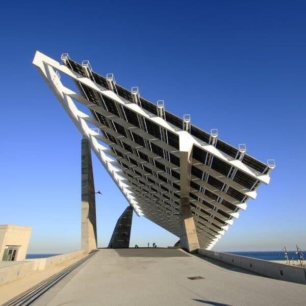 ahorro energético con paneles solares
